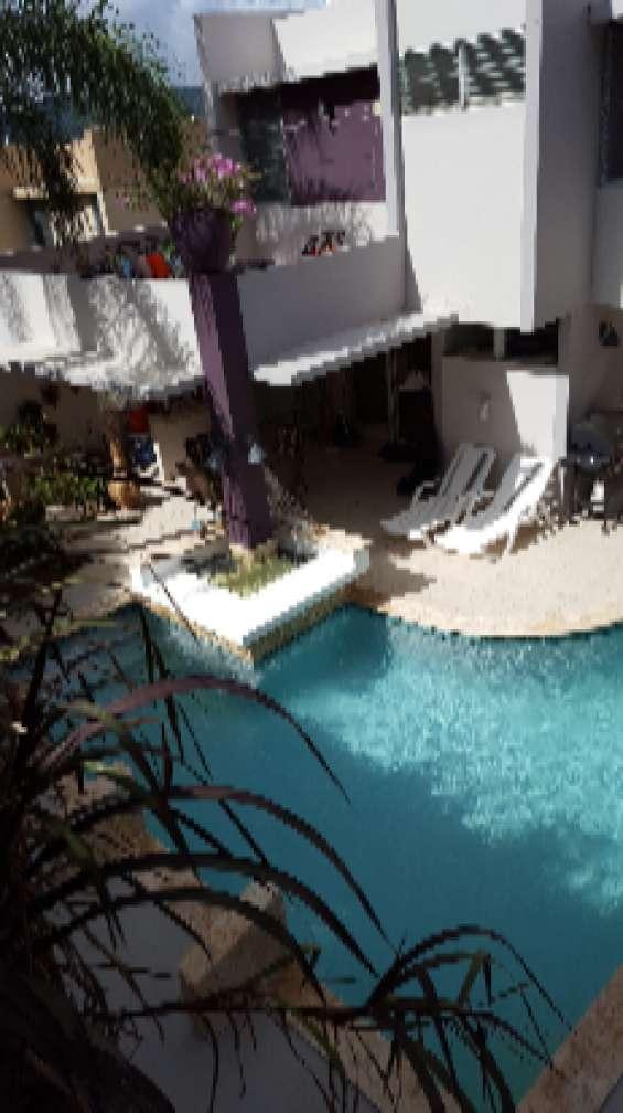 Hermosa residencia con piscina